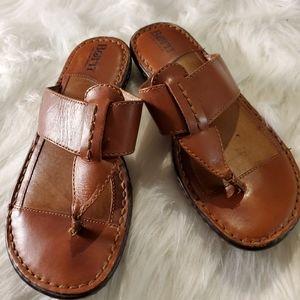 Born flip flop sandals